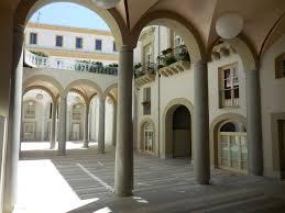 palazzo-lampedusa-atrio-giorno